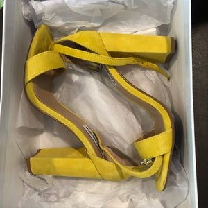 Steve Madden Yellow Shoes